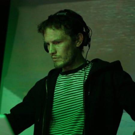 DJ-NED